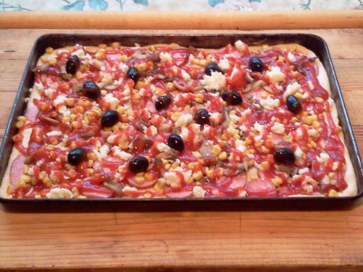 Házi pizza, a család részére! Ebből egy morzsa se marad!