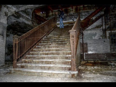 Abandoned Lehigh Valley Railroad Passenger Station - PA ...