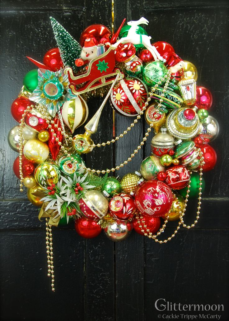 7 best Christmas images on Pinterest  Holiday wreaths Vintage
