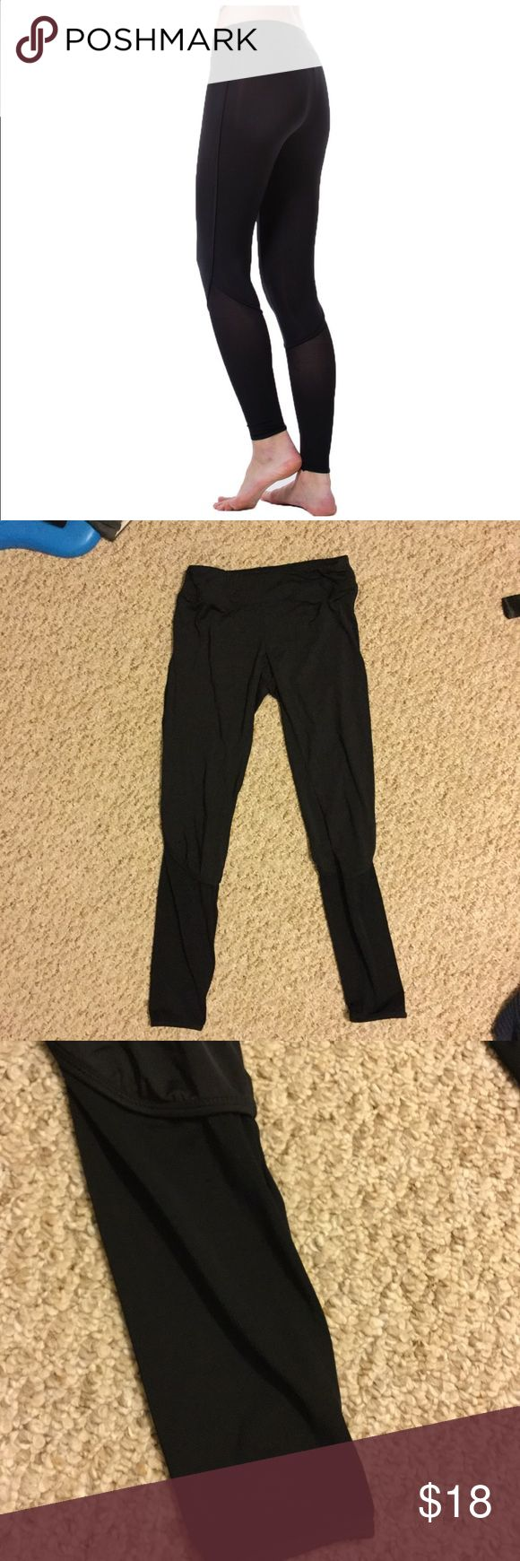 NWT Women Yoga Pants Leggings with Mesh Sz Med The size of these pants are Asia size, it may run SMALLER than general size of America Pants, please have a check of the size detail before purchasing. Color black  (1)100% Brand new and high quality  (2)Sits slightly the natural waist with tighten strap.  (3)This pants suited for young lady,girls,junior.  (4)Not see through yoga pants as cheap yoga pants.  (5)This is a thick pants not as inexpensive tights, and very good for exercise for…