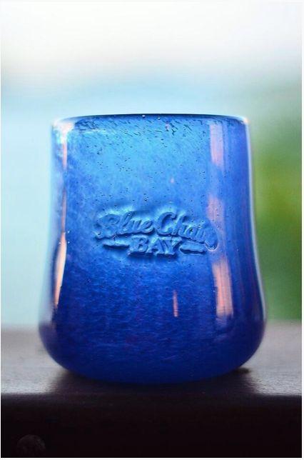 We LOVE this beautiful glass art! Thanks Old Mango Company and GreenVI Studio. #BlueChairBayRum #BCB #BlueChairBay #Rum #Art #OldMangoCompany