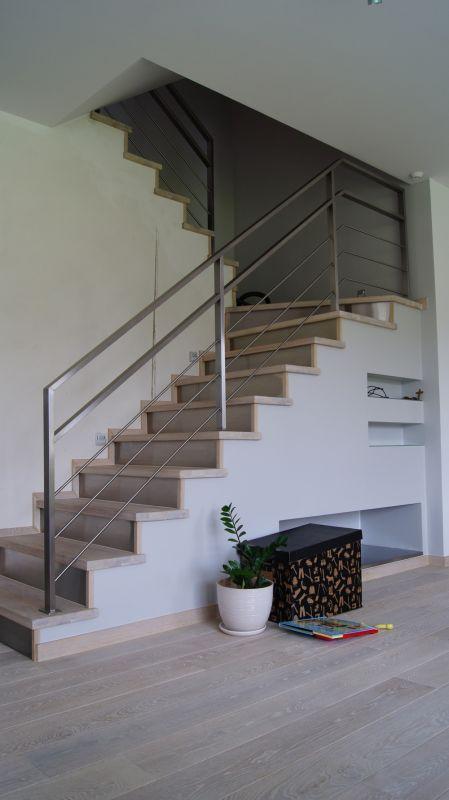 Balustrady wewnętrzne ze stali nierdzewnej, Barierki schodowe, Poręcze na schody : MetalPlex Warszawa