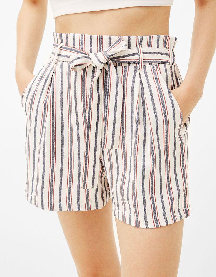 Calções tailoring cinto laço - Shorts - Bershka Portugal
