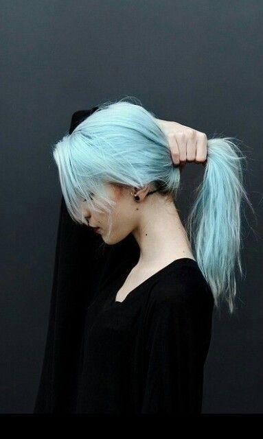 Chicas que te motivarán a cambiar radicalmente el color de tu cabello
