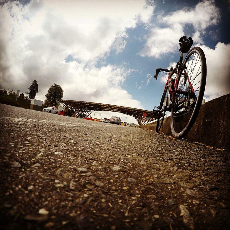 #bici #GoPro #GoPro_Photo #ciclismo #ciclismoderuta https://www.strava.com/activities/493482085 ¡Mira esta ruta!  http://www.wikiloc.com/wikiloc/view.do?id=12275185 (Pereira-  Peaje via Armenia - Pereira) a #wikiloc #fotografia