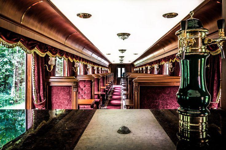 Carska Restaurant Train Carriage Hotel - Poland