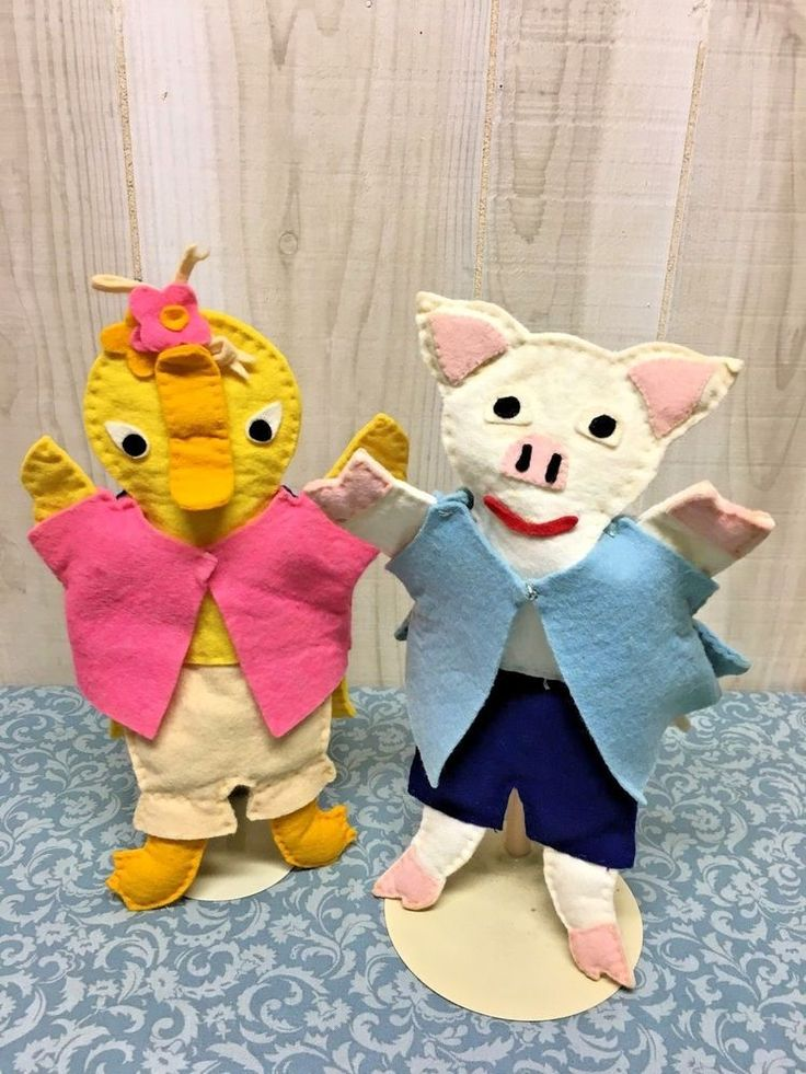 2 Vintage Child's Hand Puppets Pig & Duck hand made Felt Fairytale characters