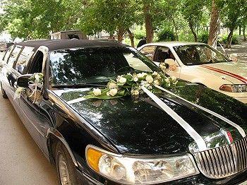 Оформление, украшение свадебных машин на фото