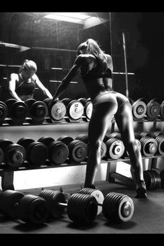 Female bodybuilding inspiration Find us on - www.facebook.com/motivationofsports