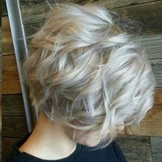 20 Best Short Wavy Bob Hairstyles   Bob Hairstyles 2015 - Short Hairstyles for Women