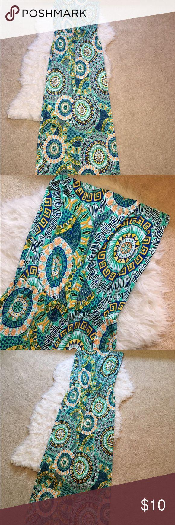 Patterned boho tube top maxi dress Circle patterned boho tube top maxi dress Dresses Maxi