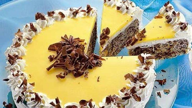 Diese cremige Eierlikör-Schoko-Torte lässt das Torten-Herz höher schlagen. Überraschen Sie Ihre Familie oder Gäste am Kaffeetisch mit dieser herrlichen Leckerei
