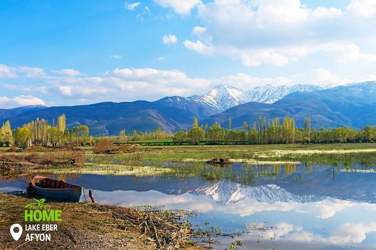 Озеро Ебер – це поєднання природної краси та затишку для птахів. А у вас уже виникло бажання відвідати це місце? #Afyon #NaturalBeauty #Turkey #Homeof #LakeEber