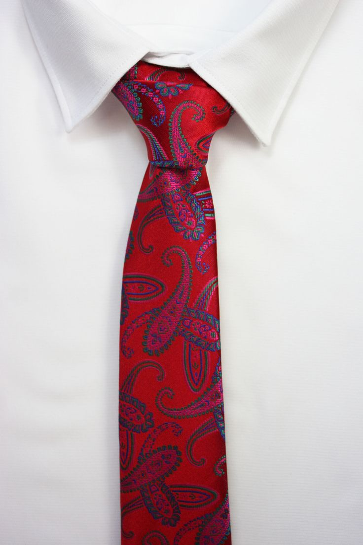 corbata roja cachemir https://www.corbatasygemelos.es/pajaritas-hombre/756-pajaritas-cachemir-colores-tierra.html