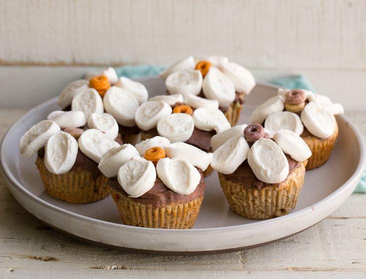 Znalezione obrazy dla zapytania muffins with flower marshmallows