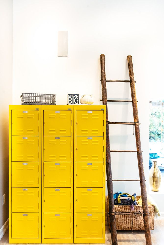 Color block / yellow / jaune / vintage / design / yellow file cabinets