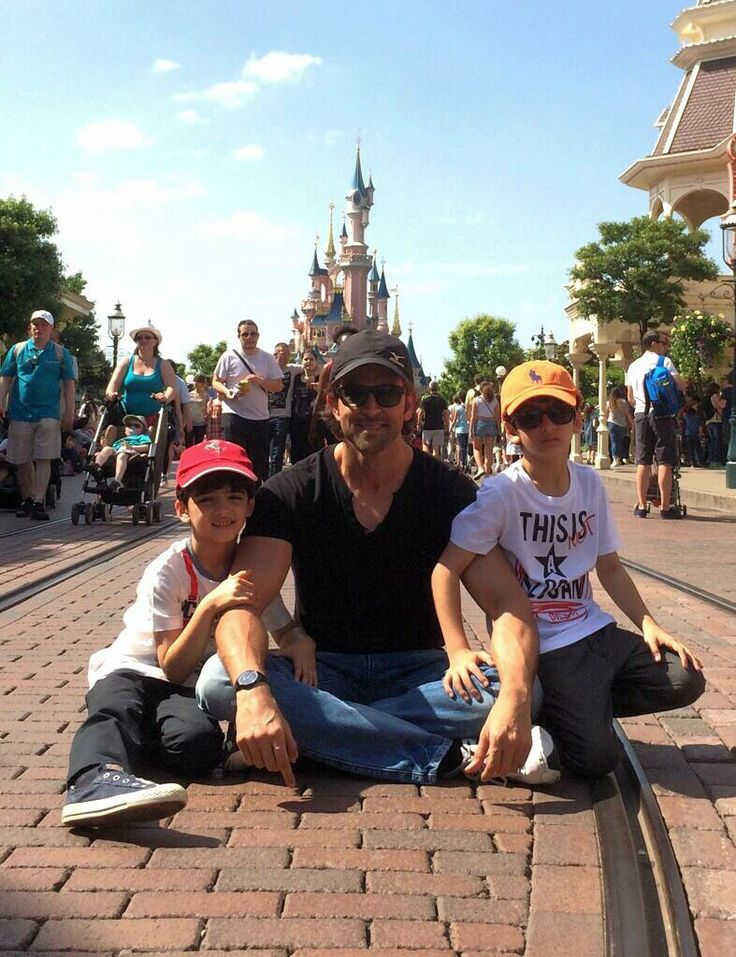 Hrithik Roshan visits Disneyland with sons Hrehaan and Hridhaan. #Style #Bollywood #Fashion #Handsome