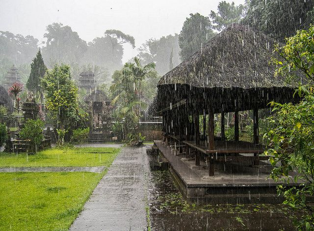 What to do on a Rainy Day in Bali? No need to let it spoil your stay, just cancel your beach day and do one of the following awesome activities instead!