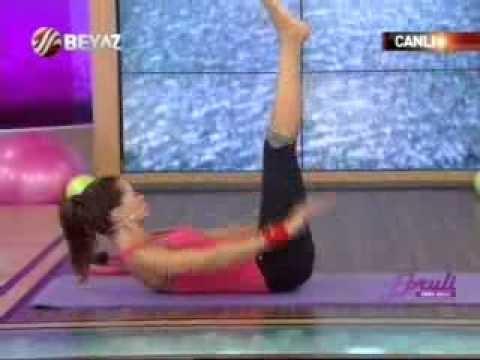 Ebru Şallı Basen Eritme ve Göbek Zayıflama Hareketleri Pilates Egzersizleri Video İzle