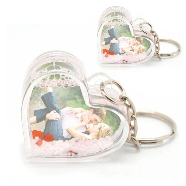 Kalp Şeklinde Kar Küresi Anahtarlık İkili Kişiye Özel Fotoğraflı https://hediyelove.net/kalp-kar-kuresi-anahtarlik #hediye #sevgili #aşk #romantik #hediye #love #kalp #kar #karküresi #sevgiliyehediye #alışveriş