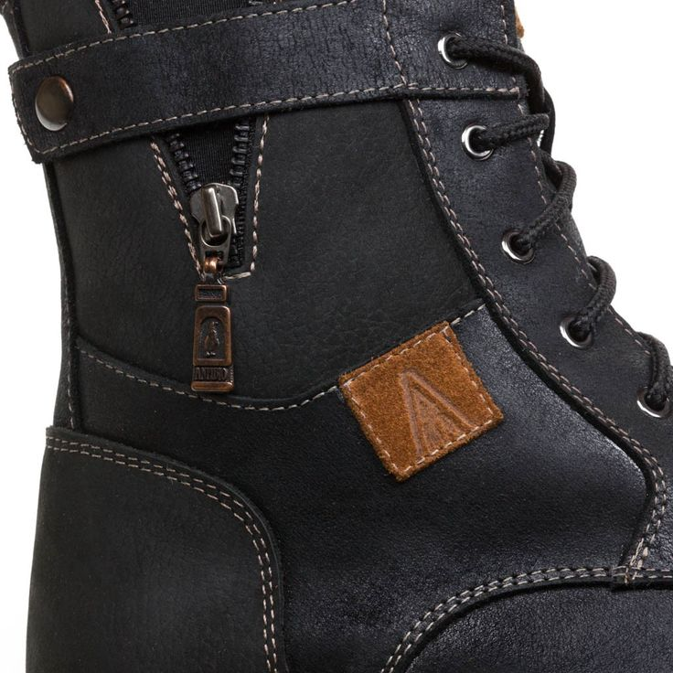 Durango Mens Winter Cold-Weather Boots - Mens leather boots - Mens black leather boots - Mens black boots - Mens waterproof boots - Handmade wool lined lace up boots. Anfibio Boots® waterproof handcrafted winter boots are made in Montreal, Canada. Luxurious craftsmanship guarantees long-lasting comfort. Anfibio's handmade winter walking boots are warm and durable. Shop men's winter boots, men's snow boots, men's boots, men's cold weather boots, men's winter fashion…