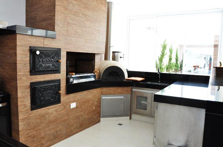pequena e completa  40 churrasqueiras projetadas por profissionais de CasaPRO - Casa