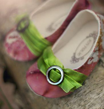 So sweet...: Babies, Fashion Shoes, Sweet, Stuff, Girl Shoes, Baby Girls, Kids, Girls Shoes, Baby Shoes