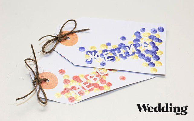 Как сделать рассадочные карточки в виде бирок с именами гостей / Wedding guest cards polka dot #diy #guestcards #wedding #polkadot