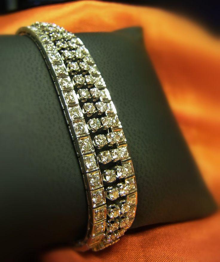 - Armband 750 Weißgold - Brillanten ca.9,20ct Qualität W-SI/P1 - Länge 17cm - Gewicht 42,81 Gr.