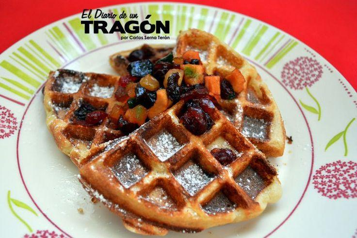 Waffles con frutas secas