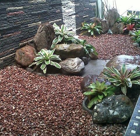 Hasil gambar untuk taman model batu
