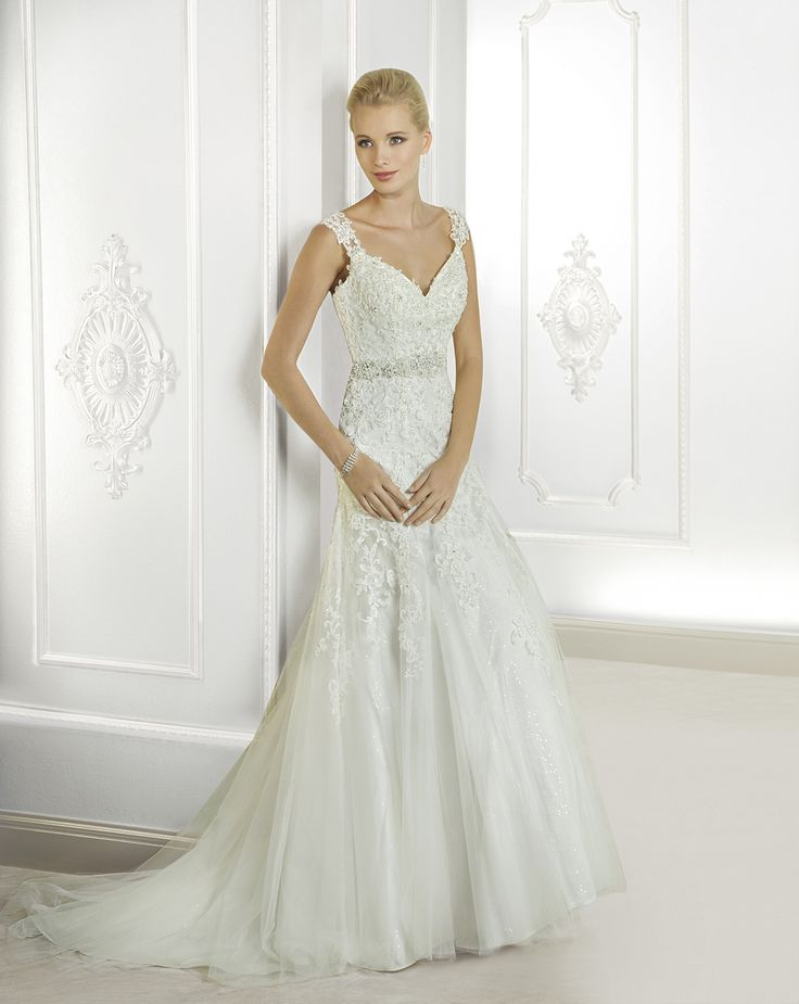 Simple Exquisite A line Straps Beading uCrystal Lace Sweep Brush Train Tulle Wedding Dresses