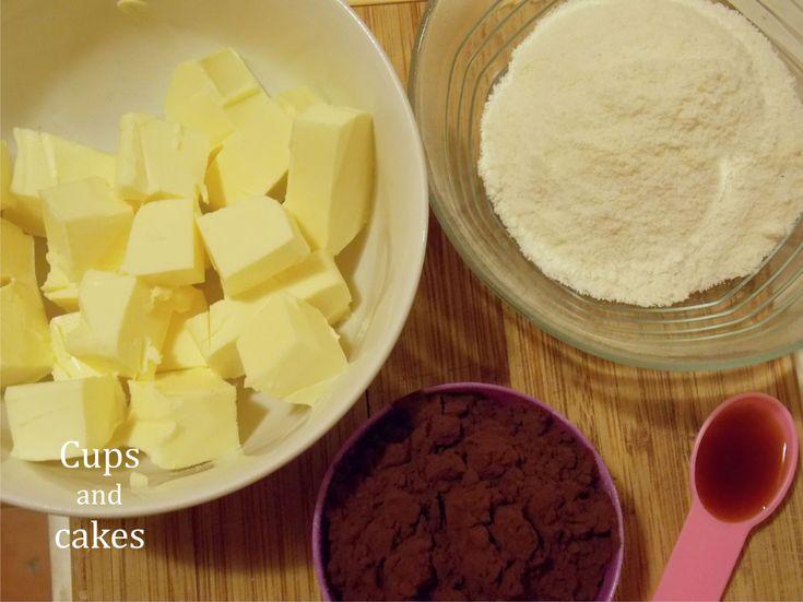 Ez a poszt a büntetlen örömökről szól. Olyan brownie készült ma a konyhámban, ami nem tartalmaz lisztet, cukrot, tejet, ráadásul sütéssel együtt 35 perc alatt elkészül. Ha még tartod az új évi diétás fogadalmadat, akkor ideális választás lesz: anélkül ehetsz igazán finomat, hogy utána bűntudatot…