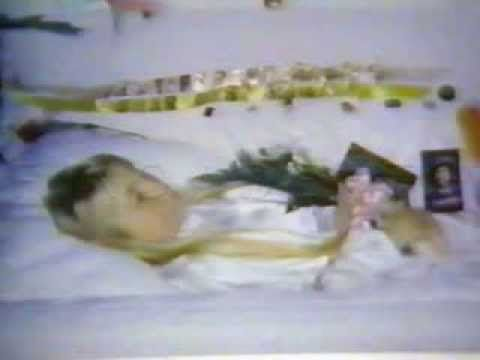jon benet ramsey Jonbenét ramsey was only 6 years old when she was brutally murdered in her  own home in december 1996, but the case has continued to.