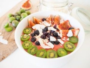 Mango & Raspberry Smoothie Bowl Recipe