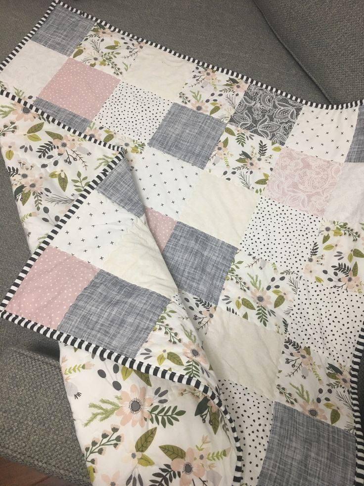 Floral baby girl quilt