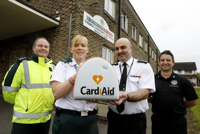 Good news! 3 of our fire stations have been kitted with life-saving defibrillators thanks to our friends at West Midlands #Ambulance Service! The devices are outside the #fire stations in locked boxes. When they're needed, people can get the code to unlock them by calling ambulance control on 999. The important thing when anyone has a heart attack is to dial 999 for an ambulance and to start CPR. Fetching a defibrillator to the scene could literally make the difference between life and…