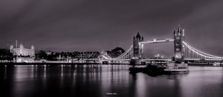 Tower of London and Tower Bridge - Tower of London and Tower Bridge