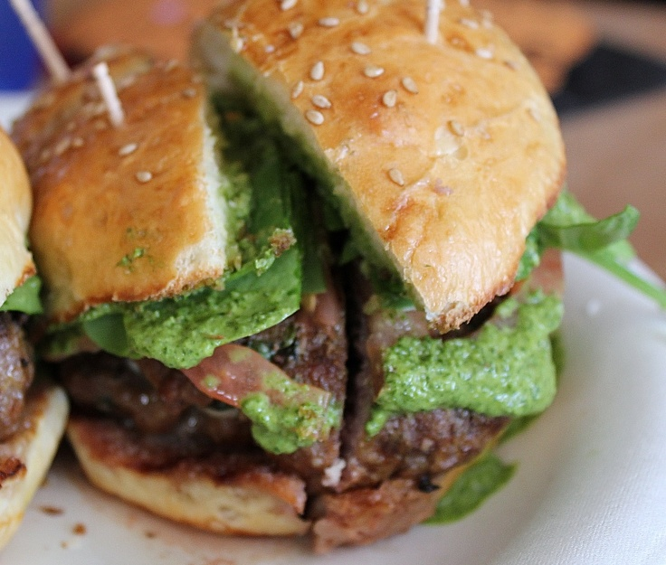with arugula pesto burgers with mozzarella and spinach arugula pesto ...