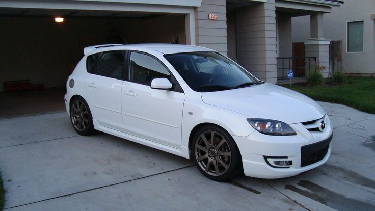 I looked up the best cars under $10k on consumer reports. This one is nice! Still want a honda tho. I'm really not into car shopping. 2008 Mazda 3 Hatchback