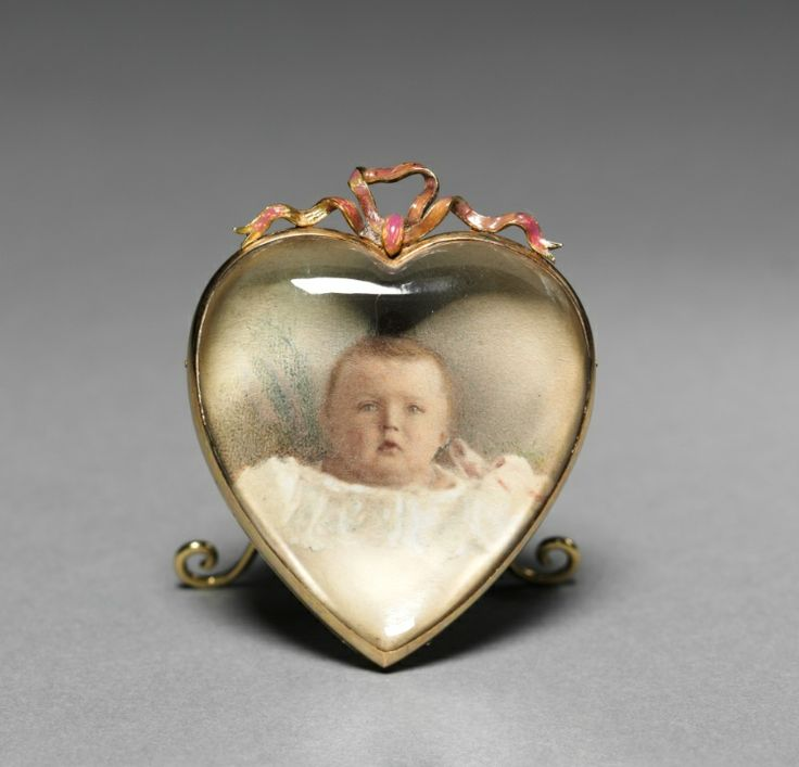 Heart-shaped Frame  firm of Peter Carl Fabergé (Russian, 1846-1920), fabricated by Mikhail Evlampievich Perkhin (Russian, 1860-1903)