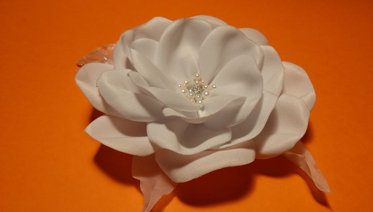 How to make a fabric flowers: satin rose/Мастер-класс: роза из атласа/ha...