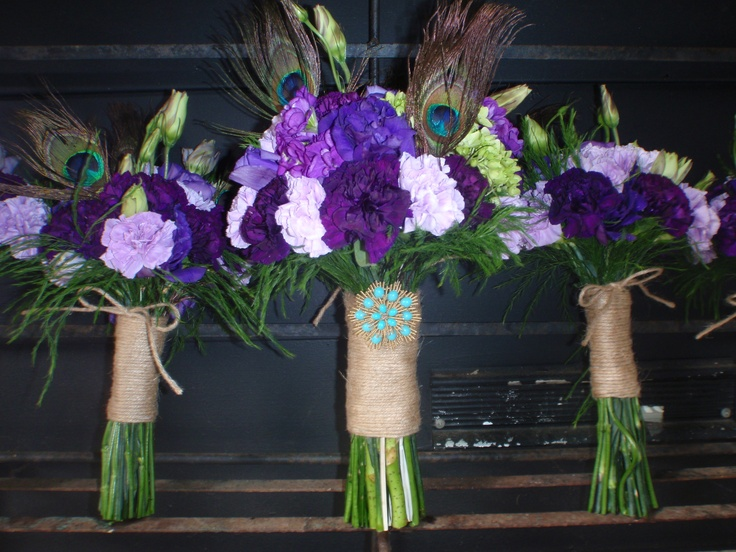 Twine with a brooch: Peacock Feathers, Renee Secret, Bouquets Wraps, Lavender Carnations, Peacocks Feathers, Wraps Idea