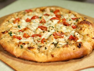Try this recipe for White Chicken and Herb Pizza from Kimberly's Simply Southern featured on GAC! Full schedule and more recipes at www.gactv.com/simplysouthern