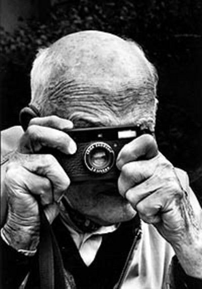 Henri Cartier Bresson at one of his exhibitions at Grand Palais (Paris), ca 1970 -attributed to Potier
