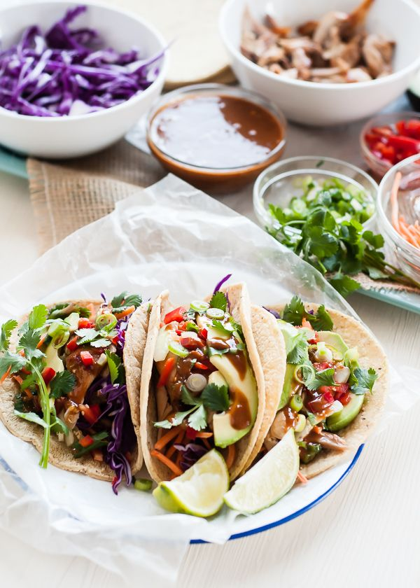 Thai Chicken Tacos with Peanut Sauce | mountainmamacooks.com