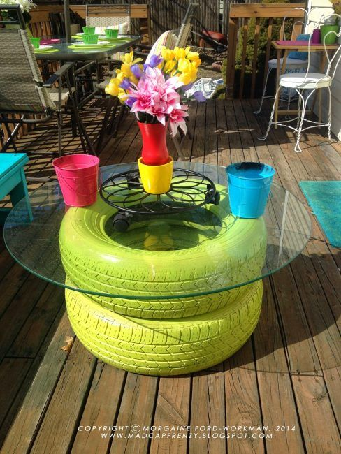 Mesa con neumáticos reciclados!