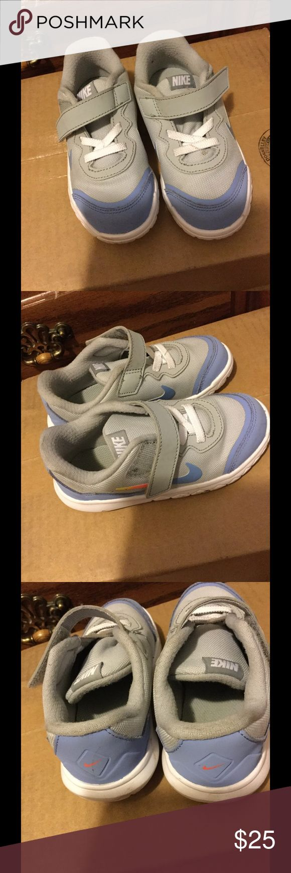 NIKE SHOES FOR KIDS! Sooooo freaking cute!!! Literally worn once! A little dirty but can easily be cleaned! Nike Shoes Sneakers