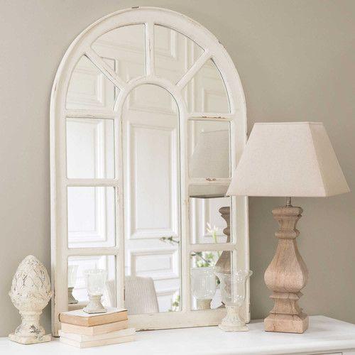 E210,- // Waarschijnlijk iets te grof afgewerkt. Witte OFELIA houten venster spiegel Afmetingen (cm) : H 122 x B 80 x DI 5  Gewicht : 12 Kg