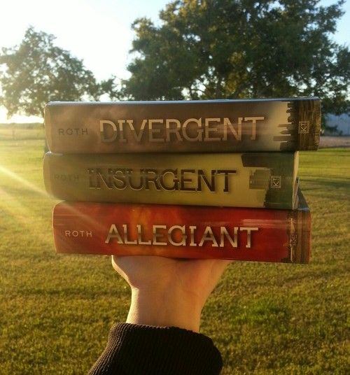 The Divergent Trilogy/ series by Veronica Roth
